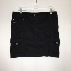 WHBM 6 black mini skirt metallic accents